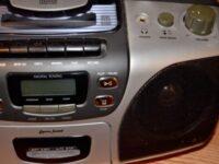 CDが売れないと言う前に、音楽を売る努力をするべきだと思う