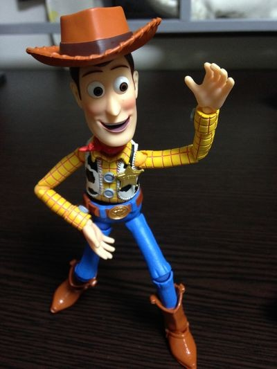 toy-story-woody-figure-0004