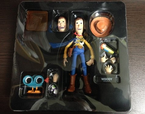 toy-story-woody-figure-0010
