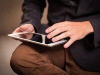 iPad の充電器,充電ケーブルを無料で交換する方法