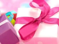 100均のラッピングがクリスマスプレゼント&バレンタイン包装に便利!